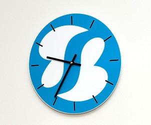 Unsere Uhr mit Logo